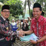 Ziarah Ke Makam Ki Gede Sebayu, Pjs.Walikota Tegal Berikan Tali Asih