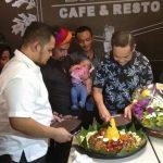 Master Limbad Rambah Bisnis Cafe dan Resto