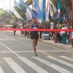 Atlet Dari Kodam IV Diponegoro Sabet Juara Lomba Lari Tegal Bahari 10 K