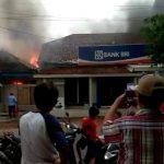 BRI Unit Pagerbarang Terbakar Setelah Disambar Petir