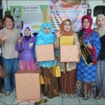Pedagang Asongan Terminal Tegal Ikuti Kartini Award