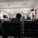 Hakim Cecar Kepala Seksi Pelayanan Kecamatan Margadana Soal Pungutan Liar
