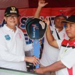 Pegawai Honorer Raih Doorprize Motor Jalan Sehat Pemkot Tegal Dalam Rangka HUT RI Ke 73