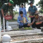 Peringati HUT Korpri ke 47, Wali Kota Tegal Tabur Bunga Di TMP