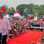 Rela Basah Kuyup saat Kampanye di Kabupaten Tegal, Jokowi Optimis Raih 75 Persen Suara